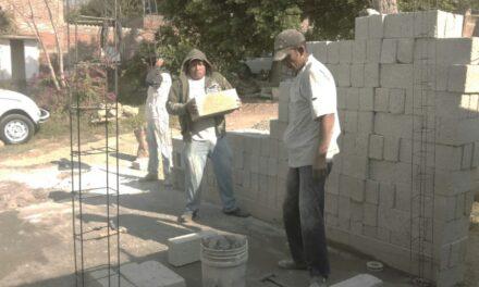 Inspector agradece a Manuel Madero por apoyos para la colonia Cruz Verde