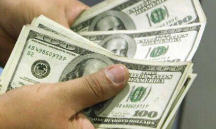 Dólar inició la semana en 19 pesos con 17 centavos