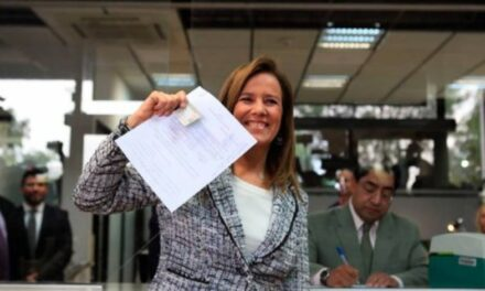 Margarita Zavala se registra como independiente