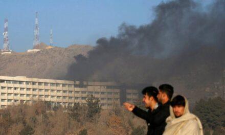 Al menos 18 civiles murieron en asalto a un hotel de lujo en Kabul