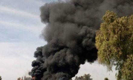 Casa con huachicol explota en  Los Reyes de Juárez