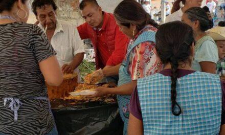 Se deben fortalecer e impulsar tradiciones: Suárez Estrada