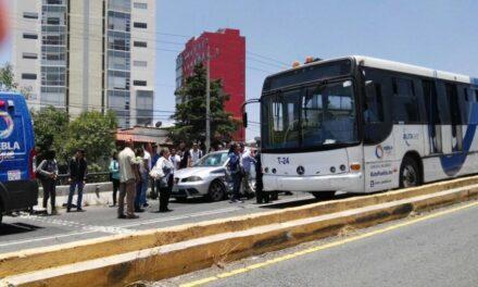 Carambola en boulevar Atlixco; 17 heridos