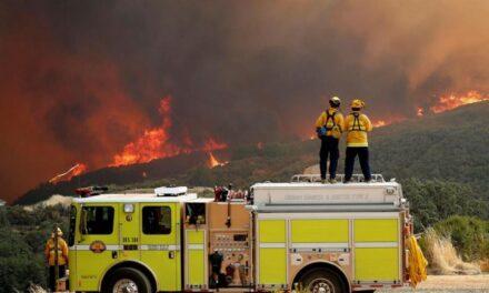 Prevén que incendios de California lleguen al tamaño de Los Ángeles