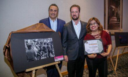 """Premian a los ganadores del 5° concurso de fotografía """"Los valores de la Rendición de Cuentas y la Cultura de Puebla"""""""
