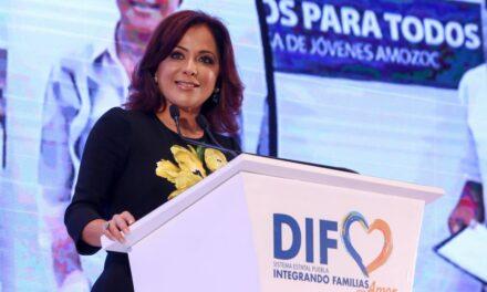 Dinorah López de Gali destacó logros del SEDIF