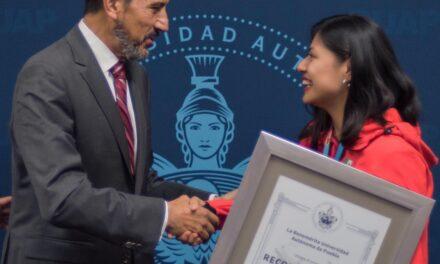 Victoria Cruz Romano, orgullo y ejemplo de formación integral en la BUAP