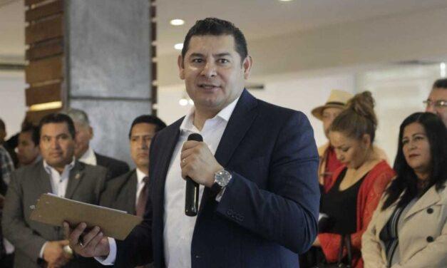 Empresas deben 50 mmdp de impuestos, asegura Armenta