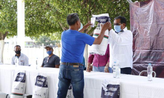 Ayuntamiento de Izúcar apoya a productores de sorgo