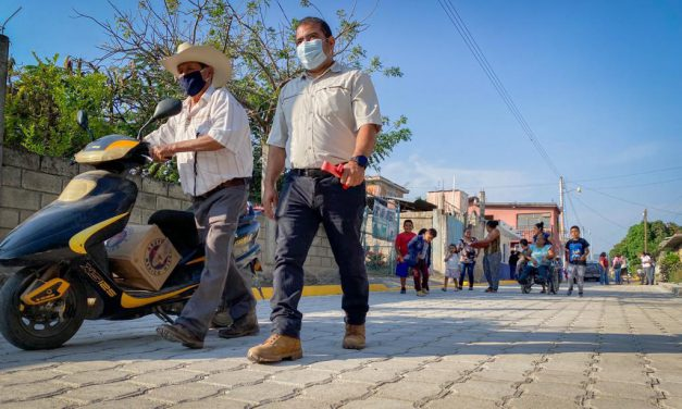 Continua la entrega de trabajos en calles de Tepeojuma