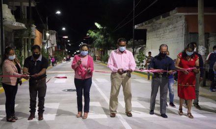 Se inaugura la primera etapa de calle realidad en Ayutla