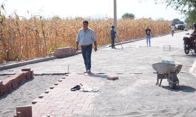 Ciro Gavilán Domínguez supervisa ejecución de obras en Huaquechula