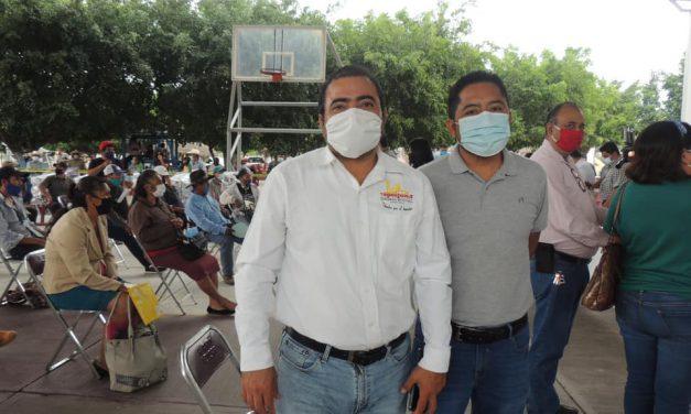 SDR entregó apoyo a campesinos de Tepeojuma