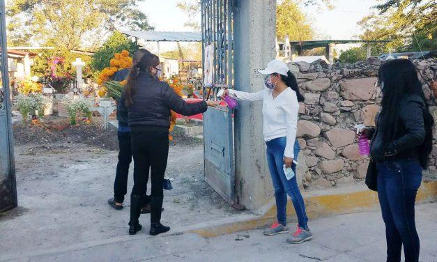 Saldo blanco en Huehuetlán tras festividades de Día de Muertos