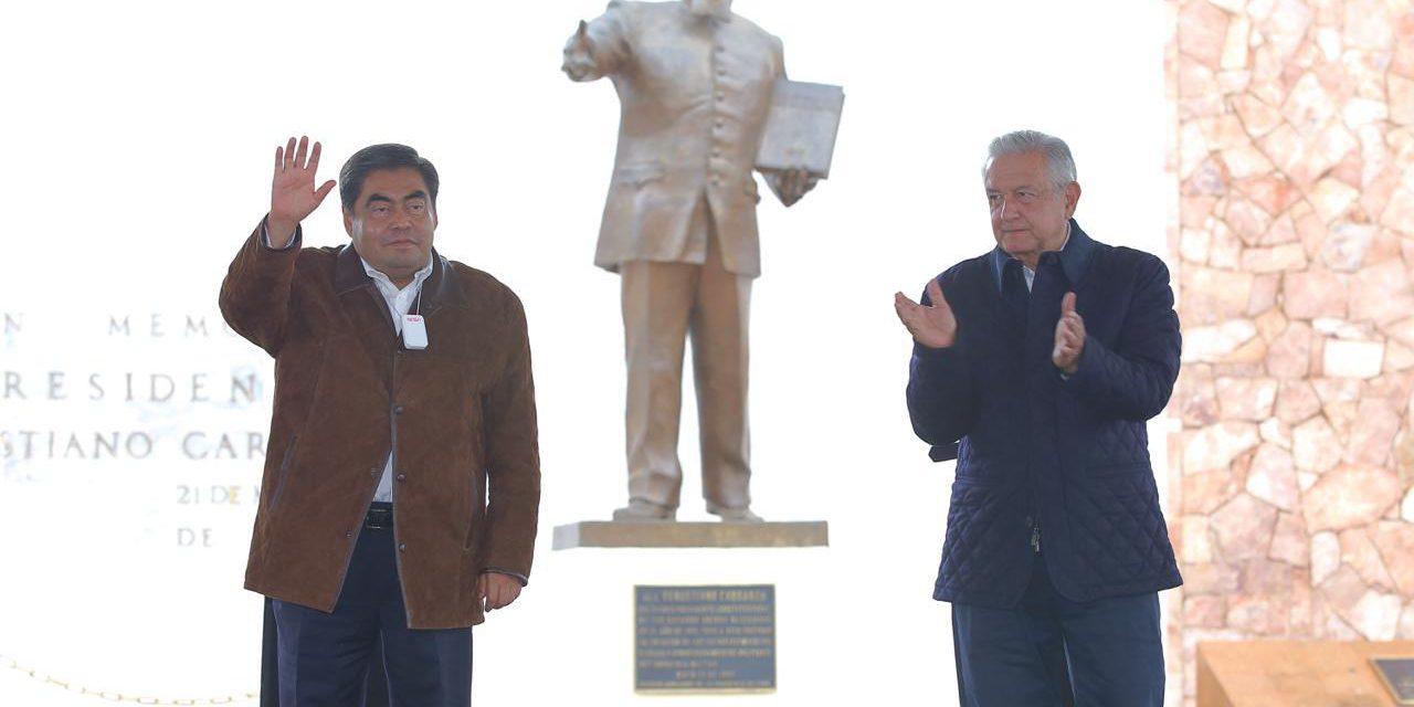 Pese a Covid-19 AMLO se compromete apoyar a Puebla