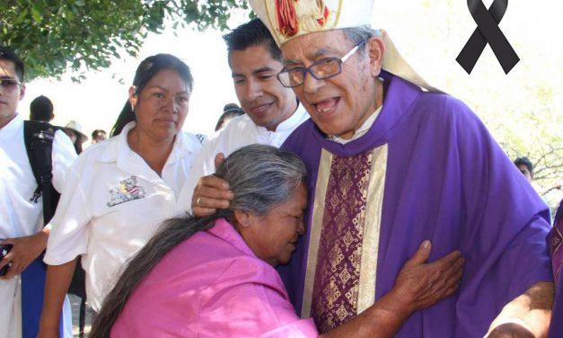 """Falleció por Covid-19 Arturo Lona Reyes, el """"Obispo de los pobres"""""""