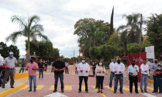 Gobierno de Izúcar inauguró la calle Calzada Hidalgo en La Galarza