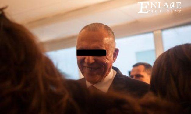 Salvador Cienfuegos llega a México; será investigado en libertad condicional