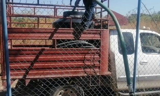 Ayuntamiento abastece agua en Huehuetlán