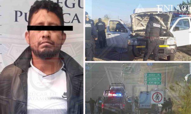 Recuperan vehículo con reporte de robo en Izúcar