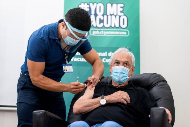 Chile a la cabeza con más personas vacunadas en Latinoamérica