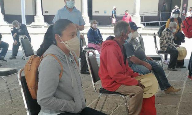 DIF municipal de Huehuetlán entregó aparatos auditivos