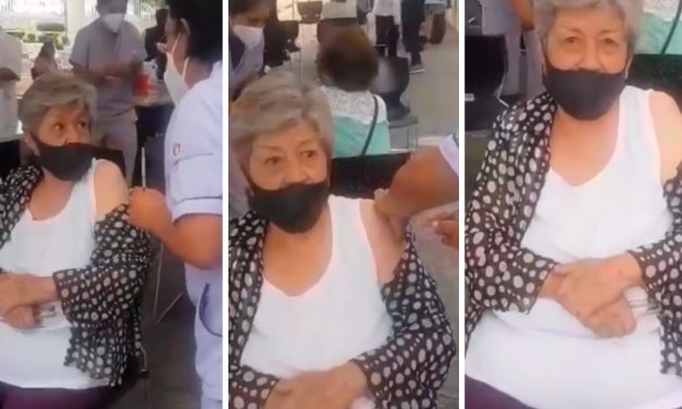 Enfermera poblana simuló inyectar vacuna anti Covid a abuelita