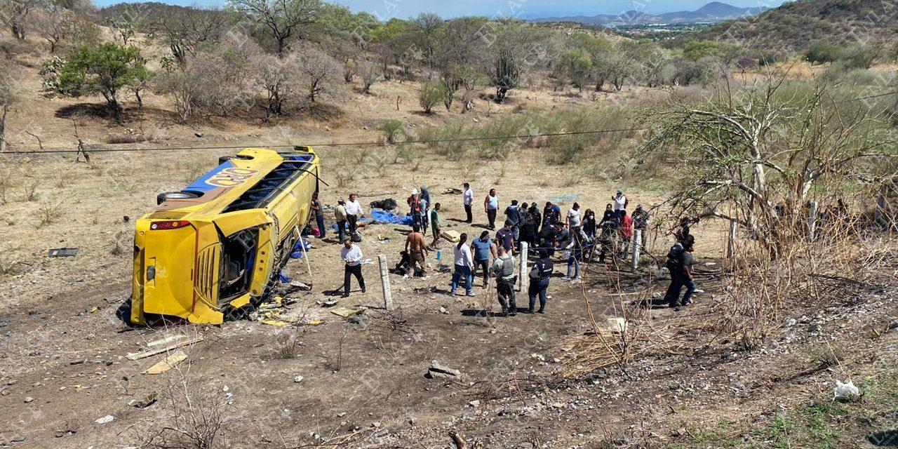Fatal accidente de autobús dejó seis muertos