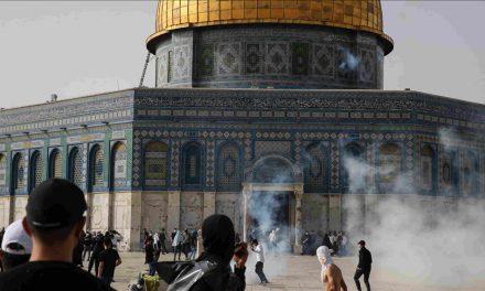 300 heridos en enfrentamiento en la mezquita de Al Aqsa