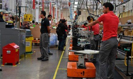 Sector industrial rompe racha de 29 meses de caídas